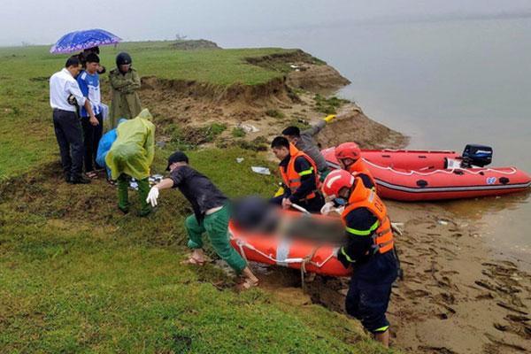 Tìm thấy thi thể nữ sinh để lại thư tuyệt mệnh rồi gieo mình xuống sông tự vẫn-1