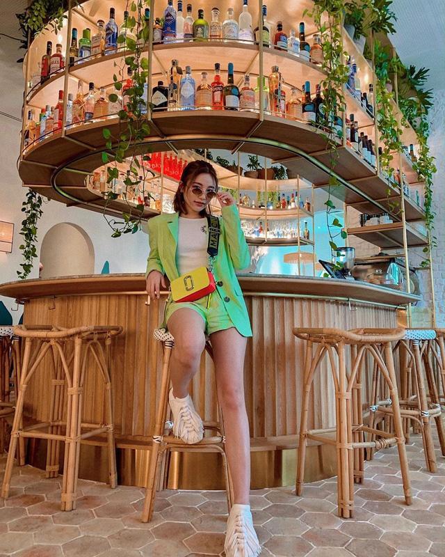 Con gái Bà hoàng Hermès Jamie Chua: Ngập trong hàng hiệu từ nhỏ, đầy tài năng khi tự lực mở thương hiệu phụ kiện riêng-3