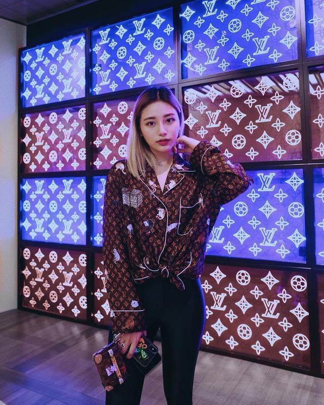 Con gái Bà hoàng Hermès Jamie Chua: Ngập trong hàng hiệu từ nhỏ, đầy tài năng khi tự lực mở thương hiệu phụ kiện riêng-10