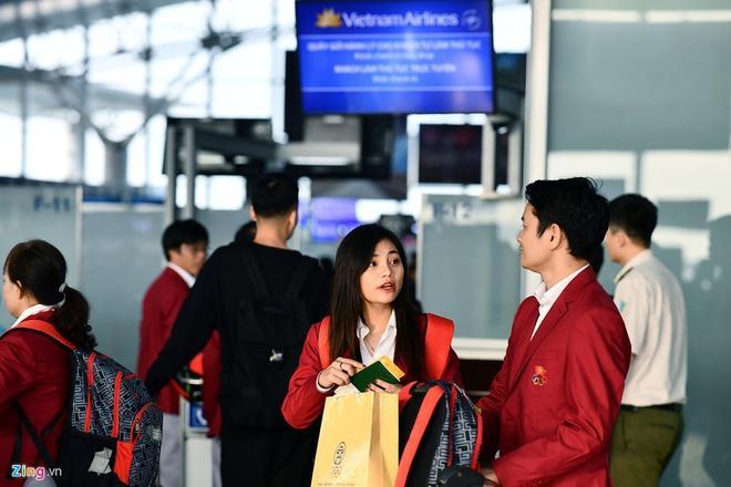 Nhan sắc 2 nhân viên y tế của Việt Nam và Thái Lan tại SEA Games-5