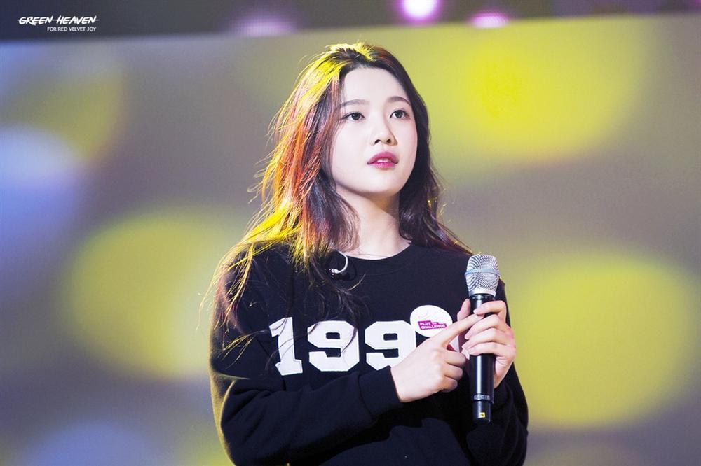 Tae Yeon (SNSD) được ví như người phụ nữ ly hôn 7 lần khi hát-6
