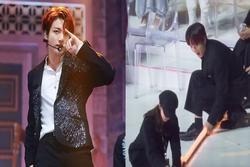 Jungkook (BTS) sửa sân khấu giúp nhân viên