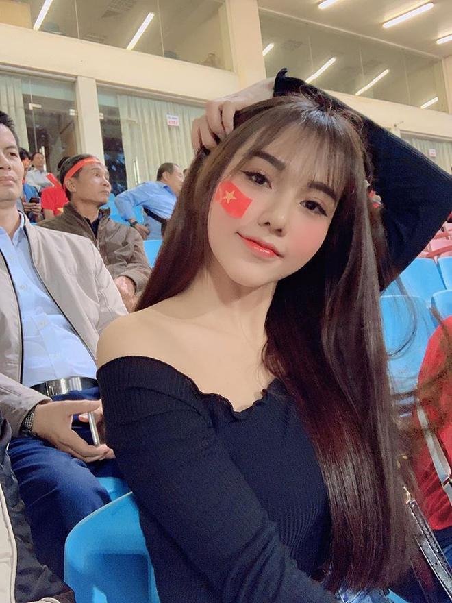 Nhan sắc bạn gái tin đồn của tiền vệ U22 Việt Nam Nguyễn Hoàng Đức-6