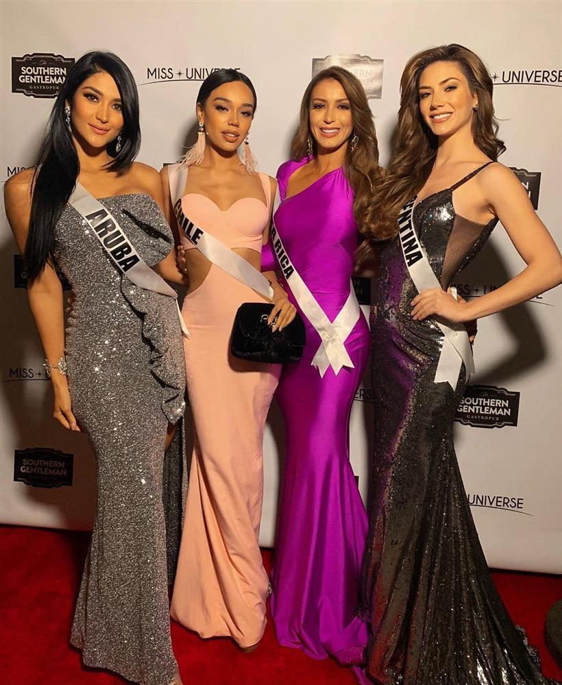 Miss Universe 2019 ngày thứ năm: Hoàng Thùy lên đồ kín đáo, dàn đối thủ ra sức lồng lộn-14