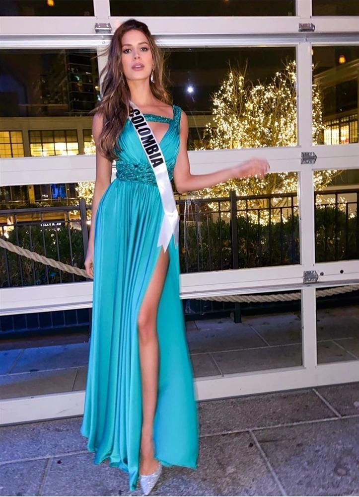 Miss Universe 2019 ngày thứ năm: Hoàng Thùy lên đồ kín đáo, dàn đối thủ ra sức lồng lộn-6