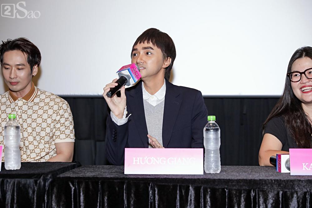 Hương Giang trở lại làm đàn ông và hôn bạn đồng giới ngay tại sự kiện ra mắt phim-3