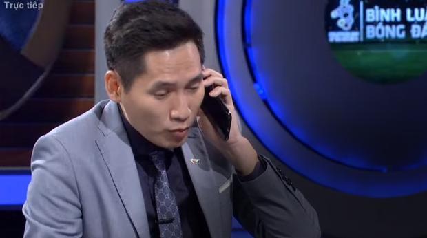 Sau sự cố vạ miệng với Bùi Tiến Dũng, MC Quốc Khánh không tham gia bình luận trận Việt Nam- Singapore-2