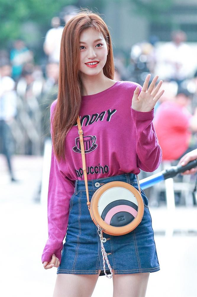 Thần tượng Kpop cao 1,73 m, vóc dáng như người mẫu-7