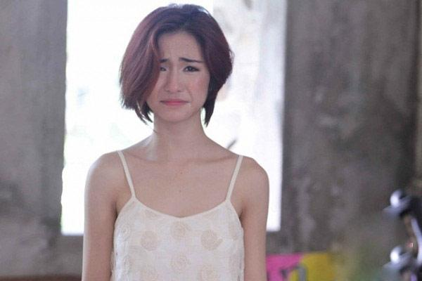 Giữa ồn ào sinh con, Hòa Minzy khoe vòng 1 khủng đúng kiểu mẹ bỉm sữa khi dự show thời trang-6