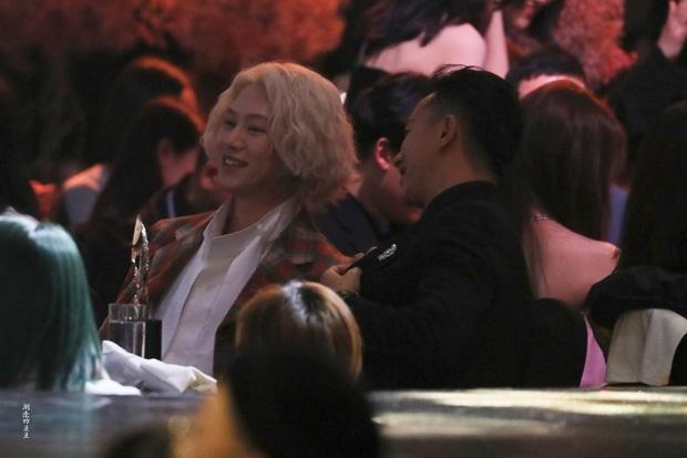 Han Geng ôm Hee Chul sau 10 năm rời Super Junior-3