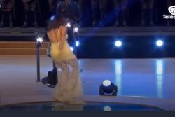 Khi người đẹp thi hoa hậu bị tuột váy, vấp ngã trên sân khấu