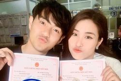 Khoe đăng ký kết hôn với Đông Nhi, Ông Cao Thắng cực lầy: ''Bị 'bắt' mà cam tâm tình nguyện'