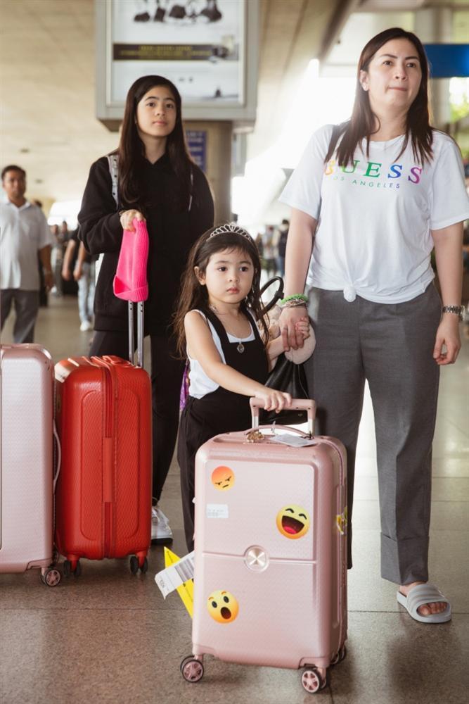 Fiona Fung, Young Jae (B.A.P) cùng dàn nghệ sĩ châu Á đổ bộ sân bay Tân Sơn Nhất-6