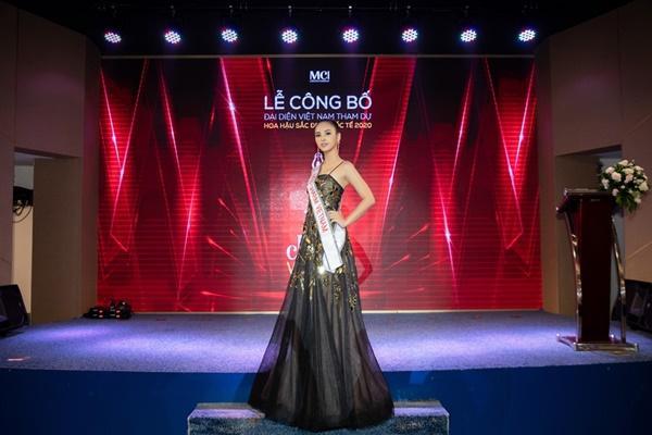 Á khôi Quỳnh Nga đại diện Việt Nam tranh vương miện Miss Charm International 2020-2