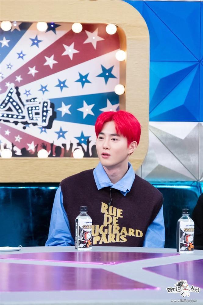 EXO được hỏi về việc gia hạn hợp đồng, câu trả lời của Suho khiến fan ấm lòng-3