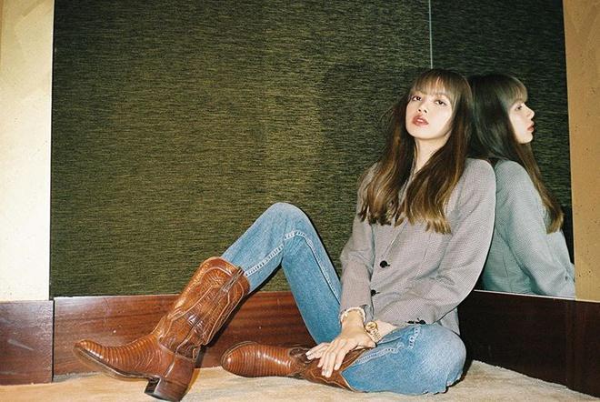 Lisa và dàn mỹ nhân Hàn gợi ý cách phối đồ đẹp khi đi boots-1