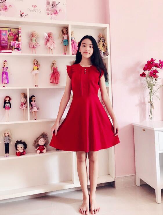 Mới 6 tuổi, con gái Thủy Tiên - Công Vinh đã sở hữu chiều cao vượt trội, gia nhập hội chân dài ái nữ nhà sao Việt-13