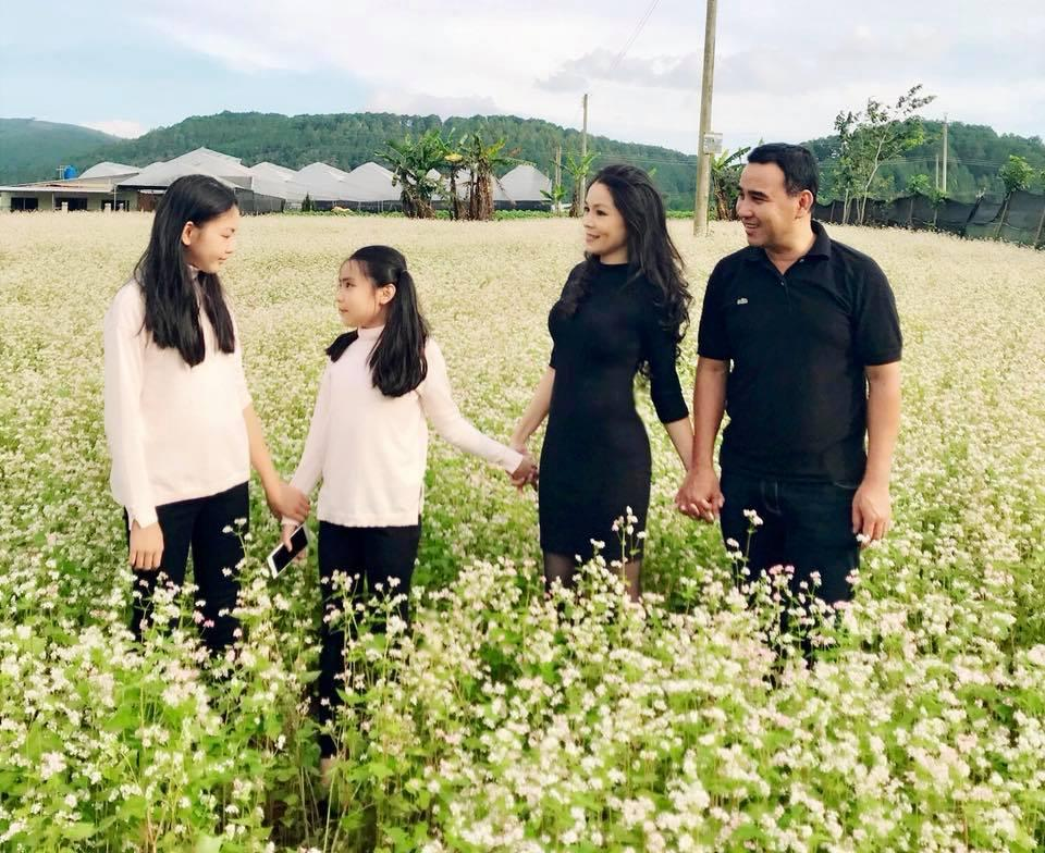 Mới 6 tuổi, con gái Thủy Tiên - Công Vinh đã sở hữu chiều cao vượt trội, gia nhập hội chân dài ái nữ nhà sao Việt-16