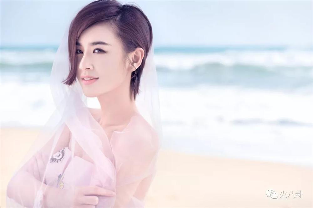 Triệu Lệ Dĩnh, Lưu Diệc Phi từng bị tố yêu sách, hách dịch với ê kíp làm phim-5