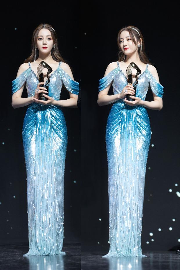 Dưới bàn tay của thợ photoshop Địch Lệ Nhiệt Ba từ nàng tiên cá siêu gợi cảm hóa bà nội trợ-3
