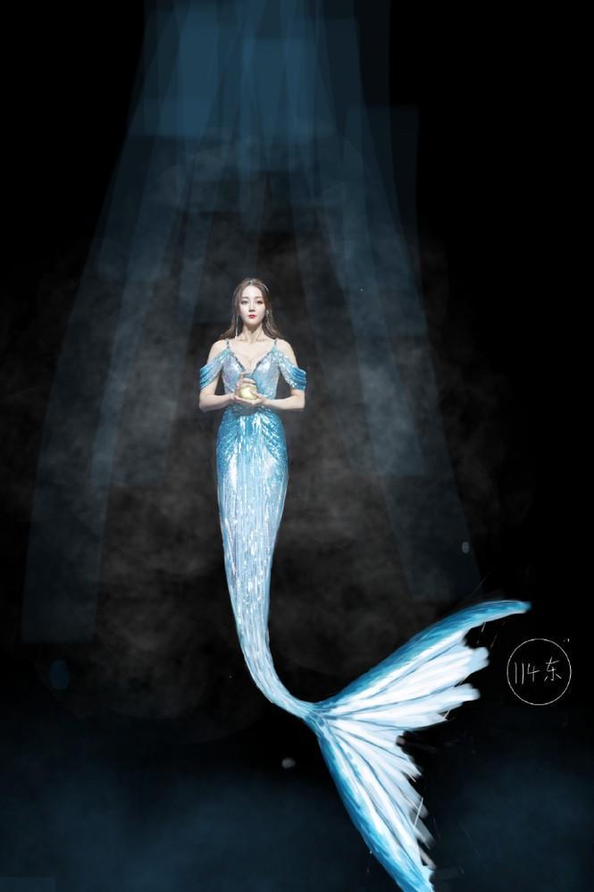 Dưới bàn tay của thợ photoshop Địch Lệ Nhiệt Ba từ nàng tiên cá siêu gợi cảm hóa bà nội trợ-4