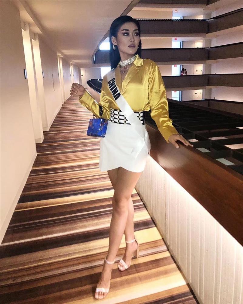 Miss Universe 2019 ngày thứ 7: Đối thủ lên đồ rực rỡ, tìm Hoàng Thùy khó như mò kim đáy bể-11