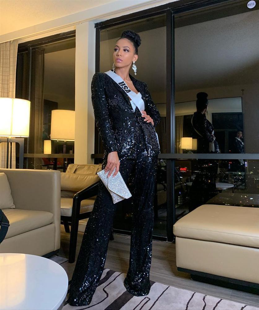 Miss Universe 2019 ngày thứ 7: Đối thủ lên đồ rực rỡ, tìm Hoàng Thùy khó như mò kim đáy bể-15