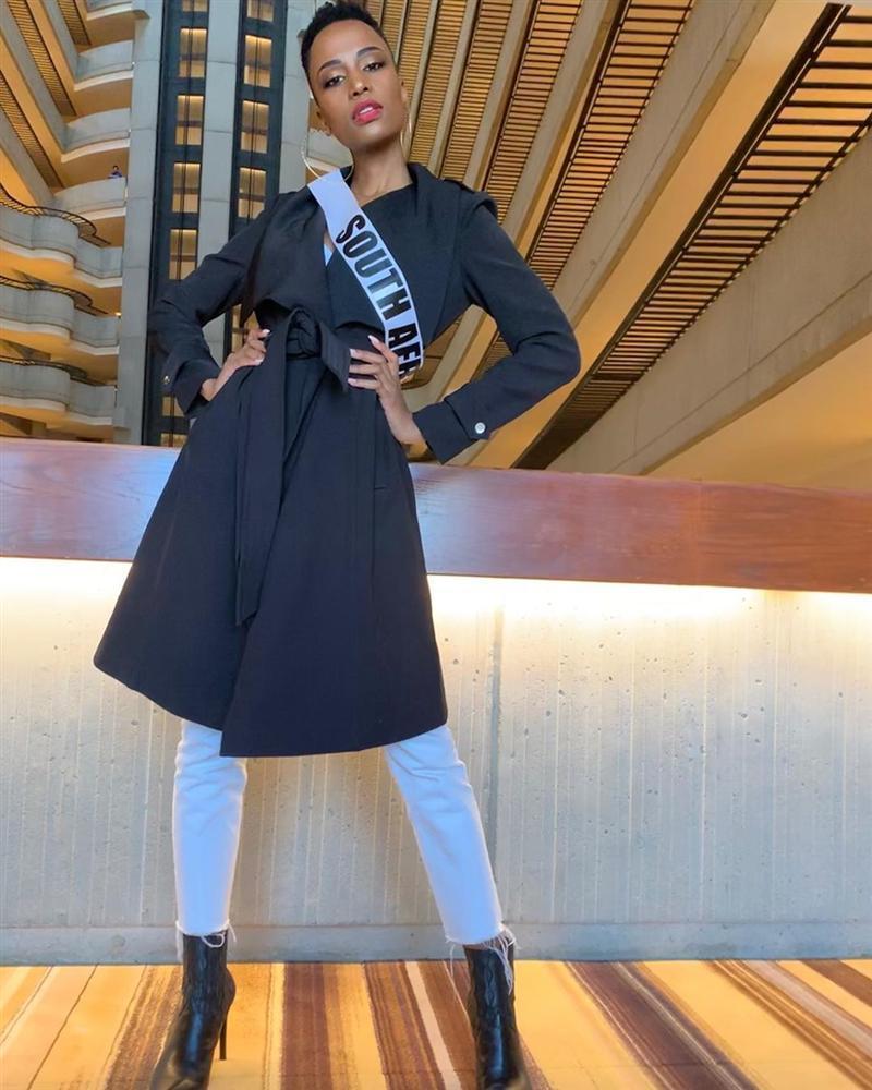 Miss Universe 2019 ngày thứ 7: Đối thủ lên đồ rực rỡ, tìm Hoàng Thùy khó như mò kim đáy bể-16