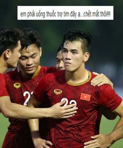 'Ông hàng xóm nhà em vừa nhập viện vì đau tim khi xem U22 Việt Nam đá rồi'