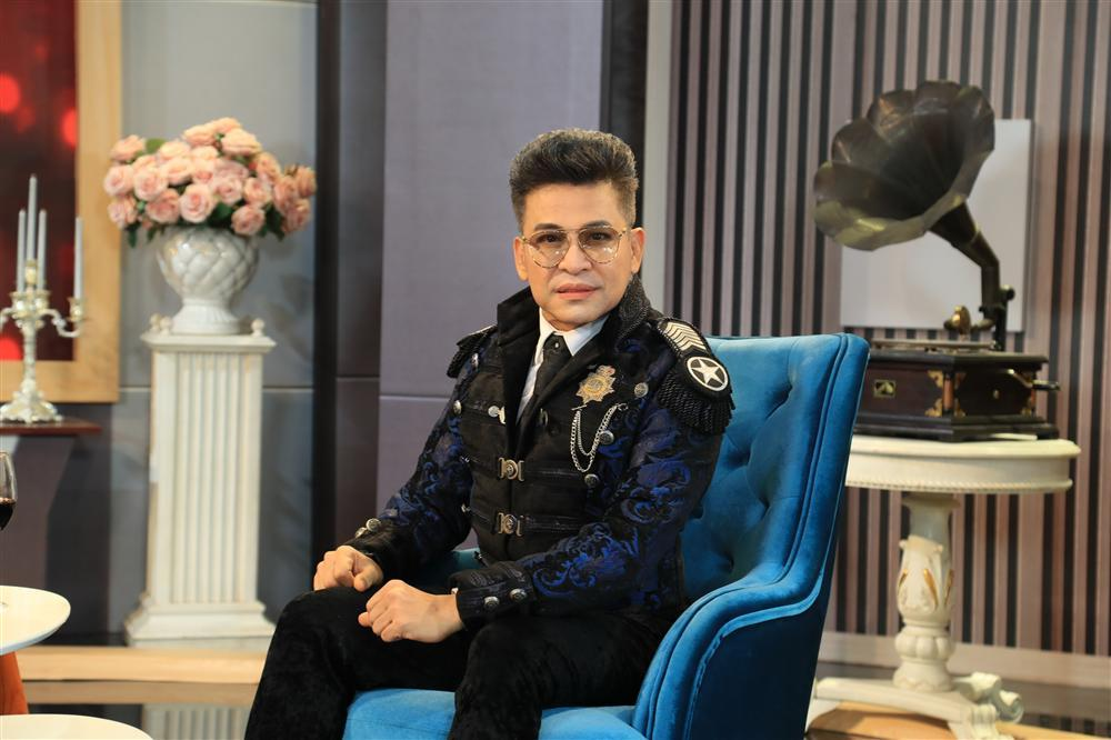 MC Thanh Bạch chê thẳng mặt đạo diễn Lê Hoàng: Giọng nói bẹt, ngoại hình xấu-2