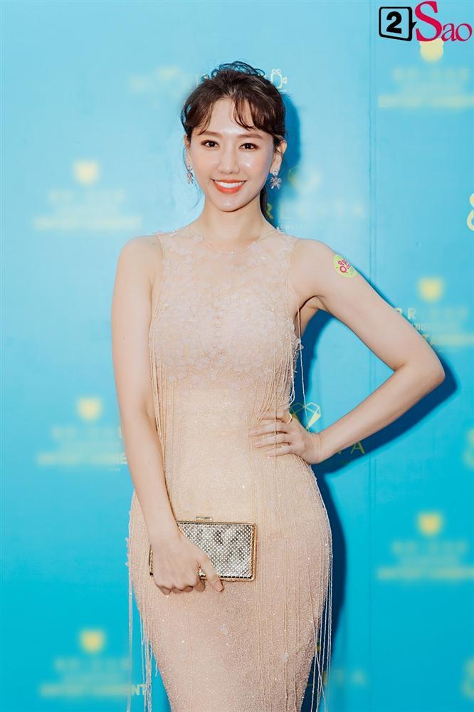 Hari Won khen Park Jung Min và Trấn Thành đều là nam thần tài giỏi-2