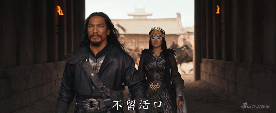 Lưu Diệc Phi nhạt nhòa và lép vế trước Củng Lợi trong trailer phim Mulan-2