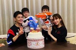 Đăng ảnh mừng sinh nhật con trai, Lâm Chí Dĩnh lại gây sốt vì quá trẻ ở tuổi U50