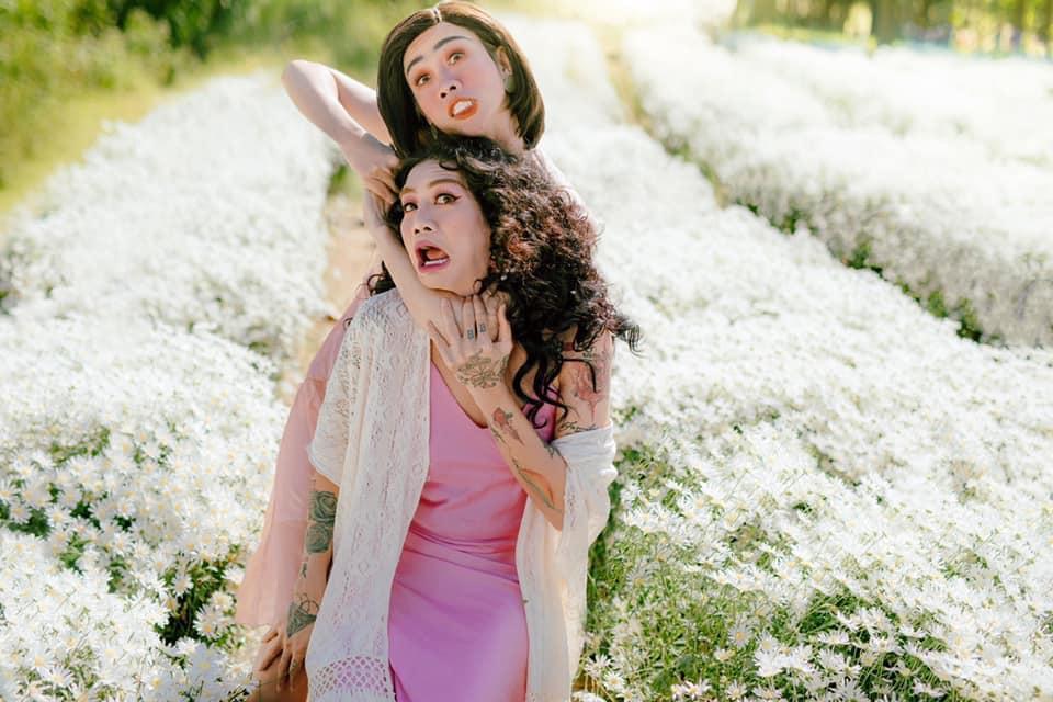 Chỉ có thể là BB Trần - Hải Triều: Cover ảnh chị chị em em của Hà Hồ - Thanh Hằng mà chặt đẹp bản gốc-5