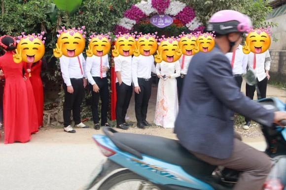 Nhiếp ảnh suýt bị quan viên 2 họ đám cưới cho ăn đòn chỉ vì bộ ảnh không có tâm-3