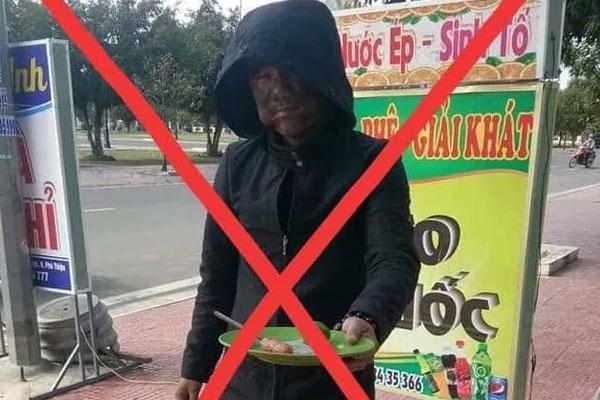 Thanh niên tự rước họa vào thân khi mặc đồ đen, bôi mặt đen xì cầm đĩa lạp xưởng chụp ảnh đăng facebook-1