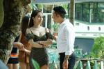 Quỳnh Nga khoe eo 55cm nhưng sự chú ý đổ dồn về chiếc quần bó chẽn vùng nhạy cảm-8
