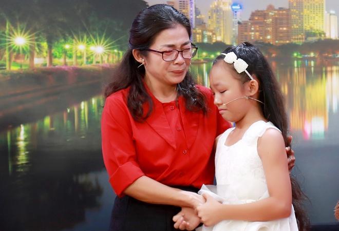Ốc Thanh Vân bật khóc khi vũ công nhí bị mẹ đánh bầm người ép học vũ đạo-3