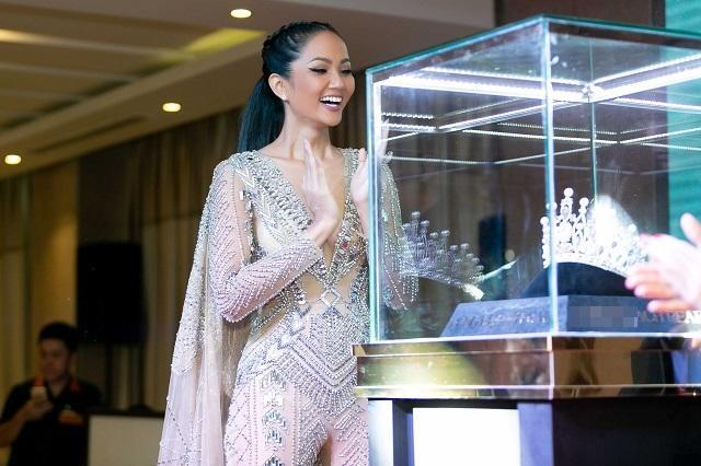 TỐI NAY: Thúy Vân, Lê Hoàng Phương hay cô gái không ai ngờ sẽ đăng quang Hoa hậu Hoàn vũ Việt Nam 2019?-1