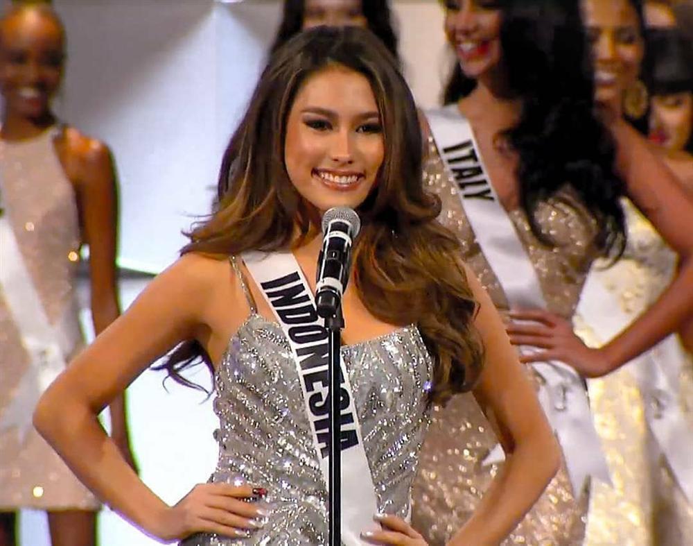 Hoàng Thùy thi bán kết Miss Universe 2019: Chào sân ấn tượng, diễn bikini an toàn, bùng nổ với dạ hội-6