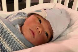 Chồng Lan Khuê lần đầu tiết lộ ảnh con trai