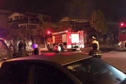 Nóng: Cháy quán lẩu ở Vĩnh Phúc, 4 người mắc kẹt tử vong