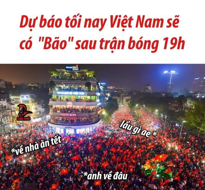 Dân mạng gọi tên Tiến Linh, Đức Chinh, cổ vũ U22 trước bán kết-2