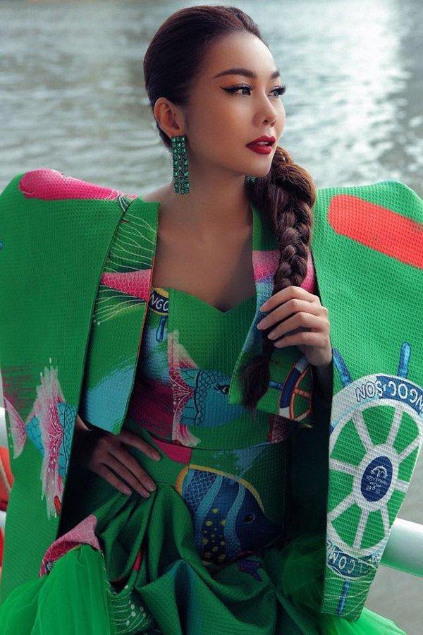 Mải mê chấm thi Hoa hậu Hoàn vũ, Thanh Hằng rụng mất... 2 hàng lông mi-3