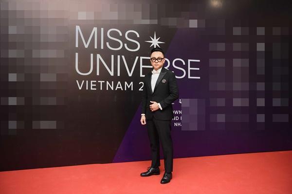 Thảm đỏ chung kết Hoa hậu Hoàn Vũ Việt Nam 2019: Thanh Hằng diện váy cầu vồng không thua kém thiên thần Elsa Hosk-10