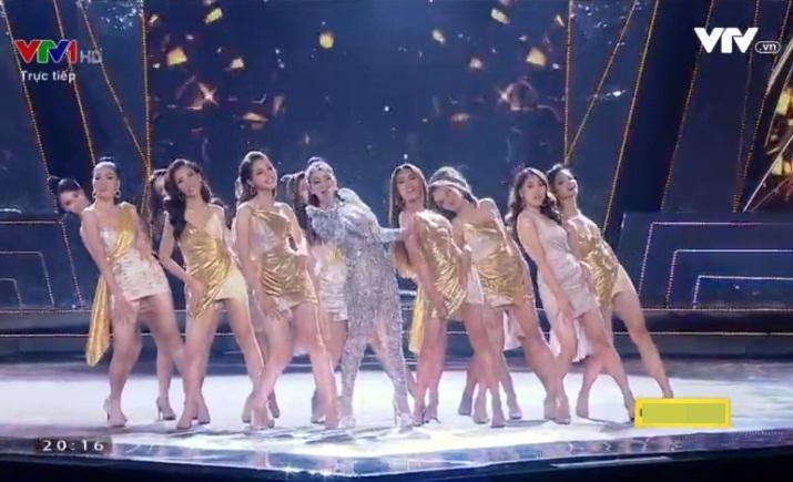 45 thí sinh đồng diễn mở màn cùng ca sĩ Thu Minh-2