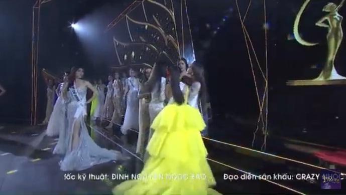 Thí sinh Hoa hậu Hoàn Vũ Việt Nam 2019 Hương Ly ngất xỉu trên sân khấu-2