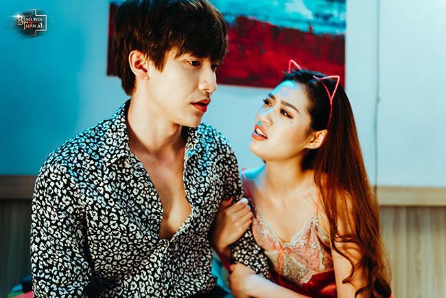 Loạt ảnh nóng bỏng của Tân Hoa hậu Hoàn vũ Việt Nam 2019 khi làm điều dưỡng mê trai-2