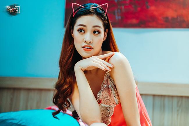 Loạt ảnh nóng bỏng của Tân Hoa hậu Hoàn vũ Việt Nam 2019 khi làm điều dưỡng mê trai-1