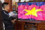 Mới 2 tháng tuổi, con gái trung vệ Bùi Tiến Dũng đã được bố mẹ cho diện nguyên cây đồ hiệu đắt đỏ-5